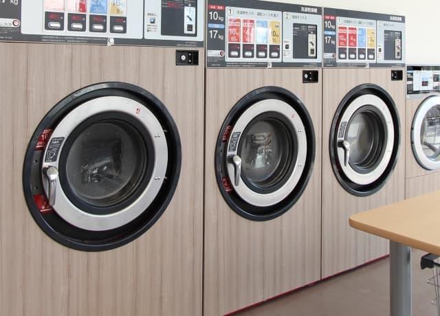 こたつ布団の洗濯を自宅やコインランドリーで行う方法